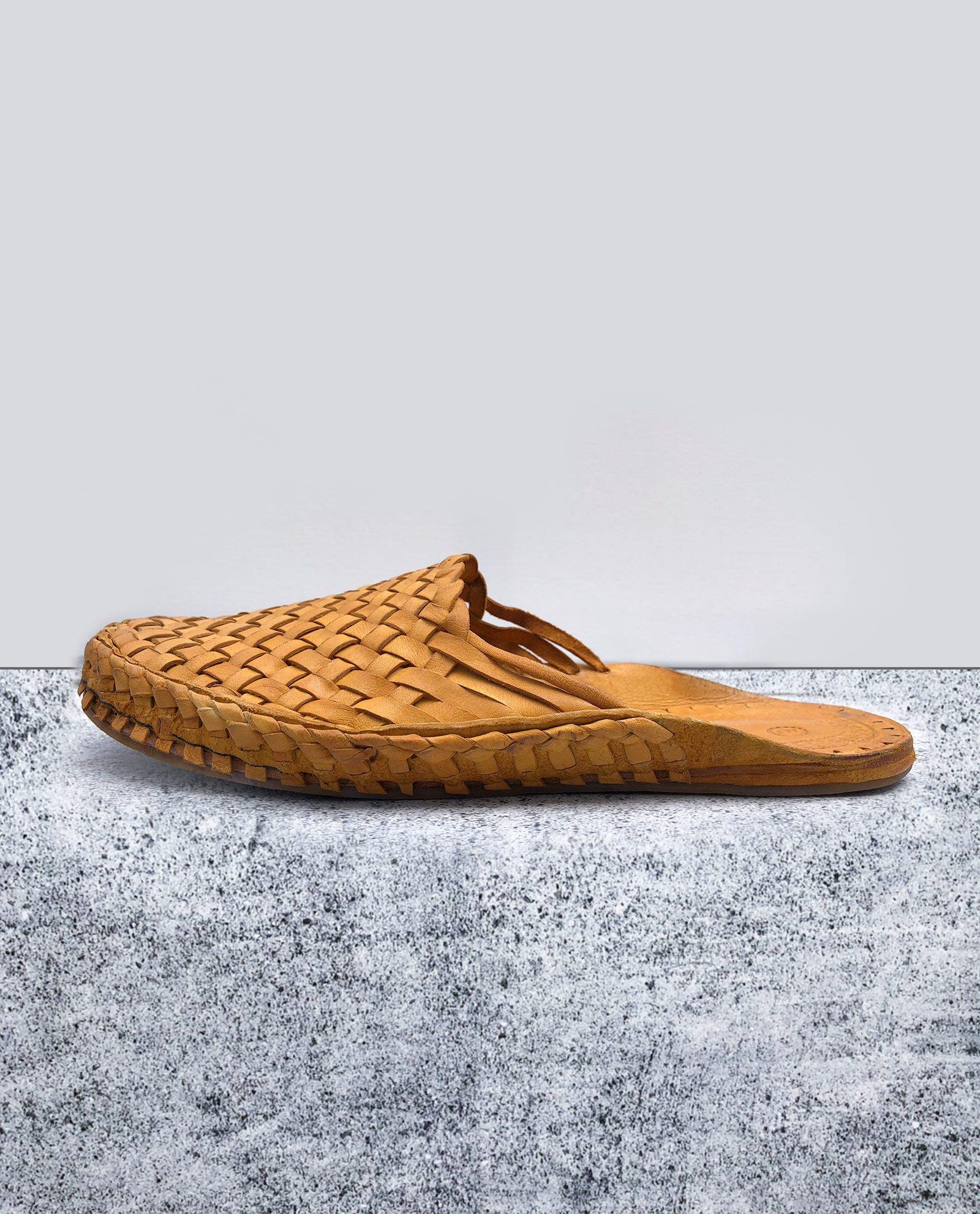 Indiska tofflor i läder - gul